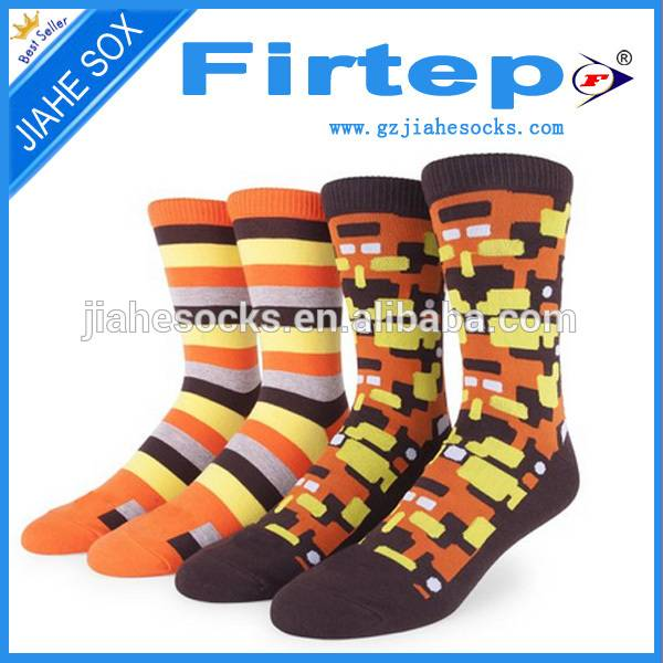 New design man casual socks colors socks in China