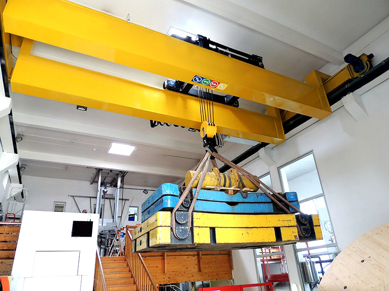 Self Monitoring Diagnosis Double Girder Overhead Crane Design