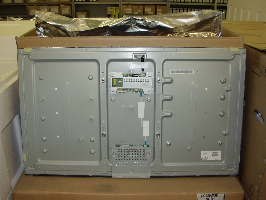 37 inch Industrial Double 120 HZ LCD module LC370EUD-SEM1