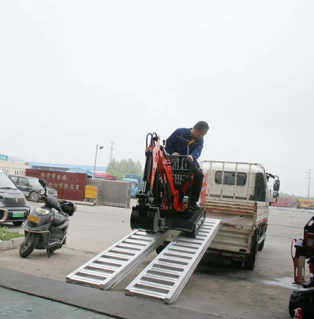 wheeled machines loading ramps supported to 28000lbs