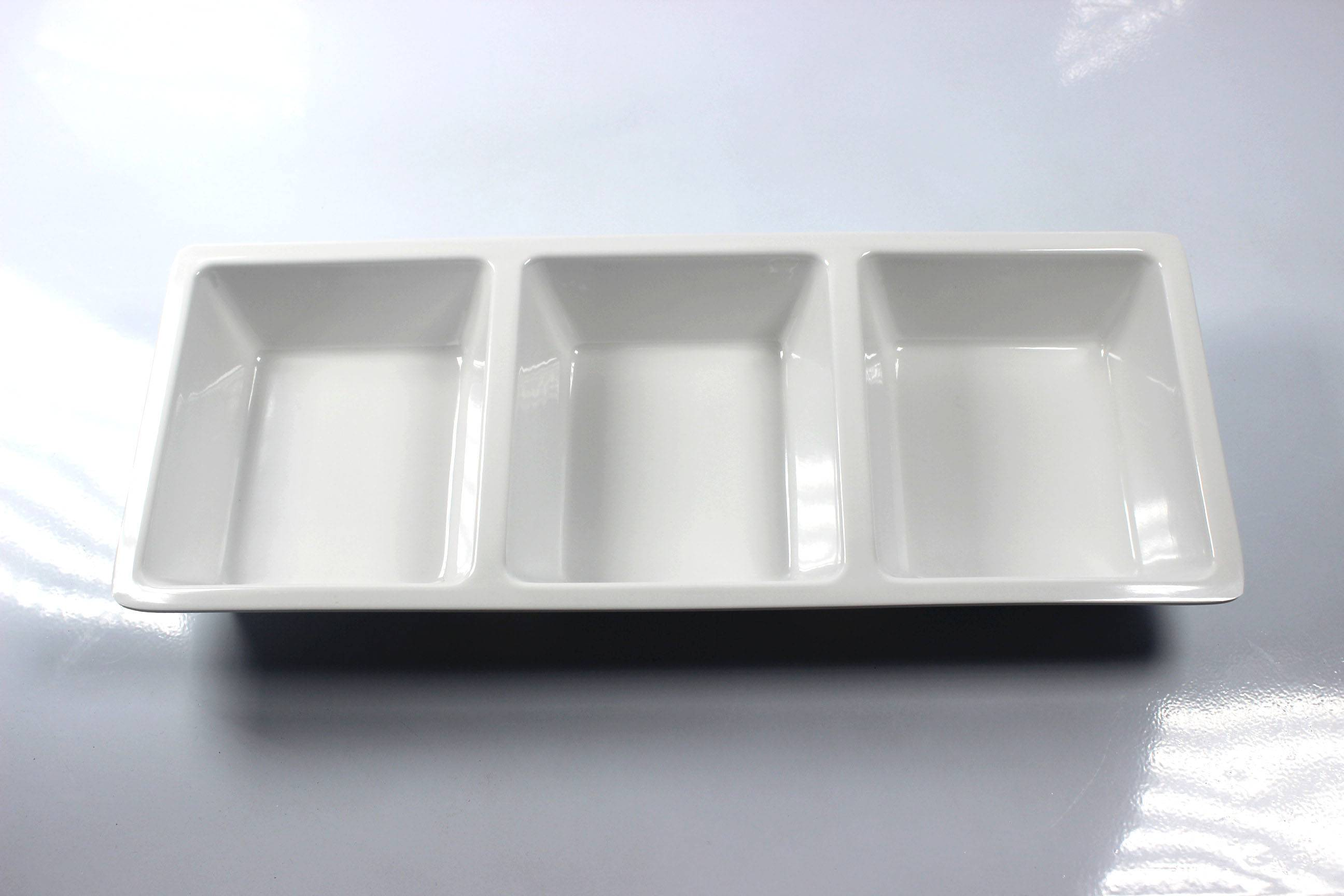 """14.5'' and 18"""" oblong three section melamine tray"""