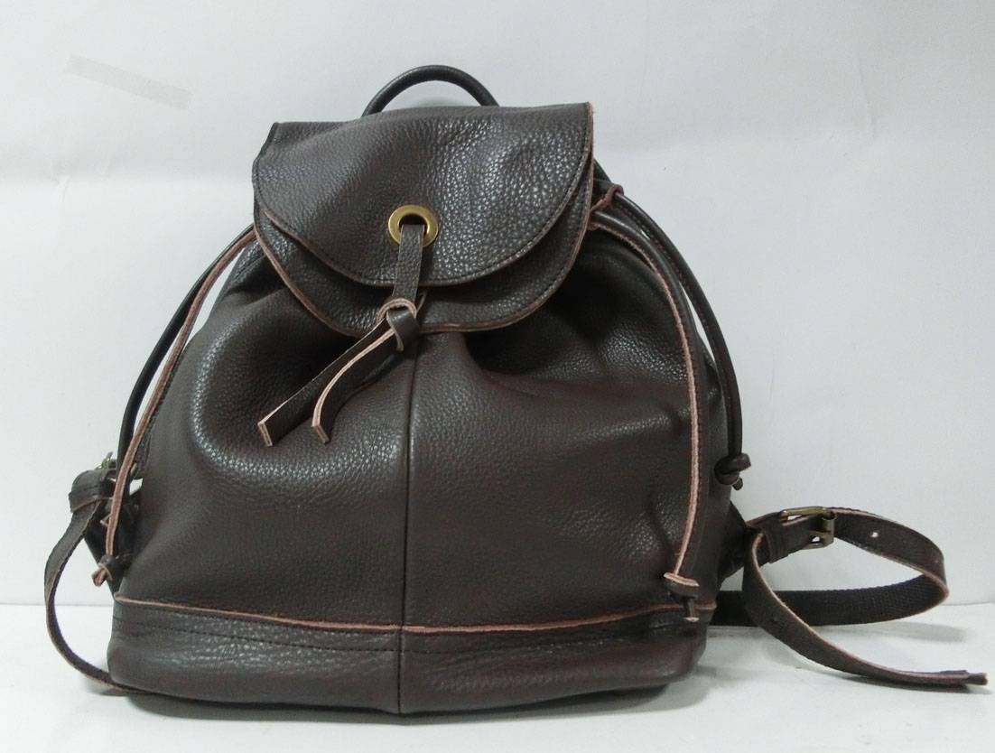 Guangzhou Neutral fashion bag backpack leather bag