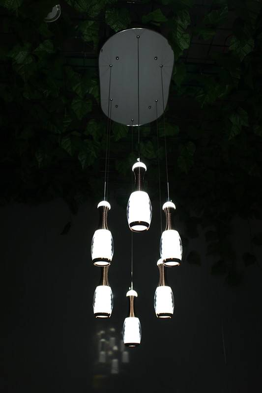 Six vase pendent lamp with LED
