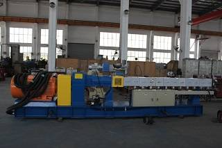 China supplier pallet making double screw extruder in Europe