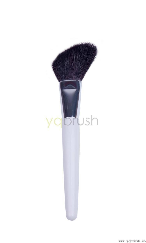 Large angled contour brush