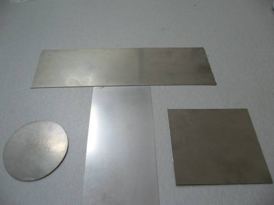 Hafnium sheet and foil