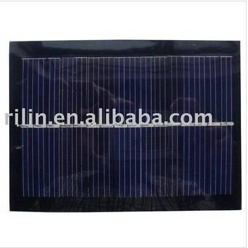Epoxy-resin encapsulated solar panel