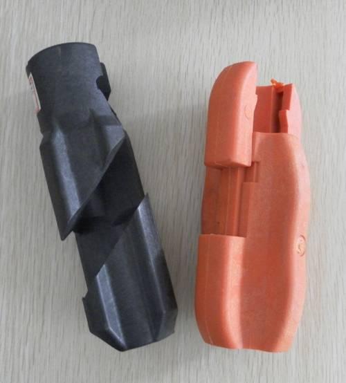 Sucker rod centralizer/sucker rod guide