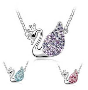 Fashion Women Crystal Swan Pendant Necklace