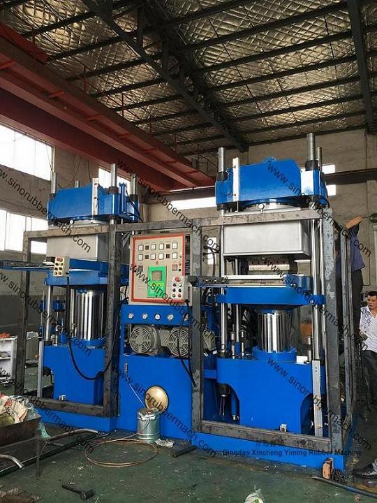Vacuum Compression Molding Press For EVA Crash Barrels