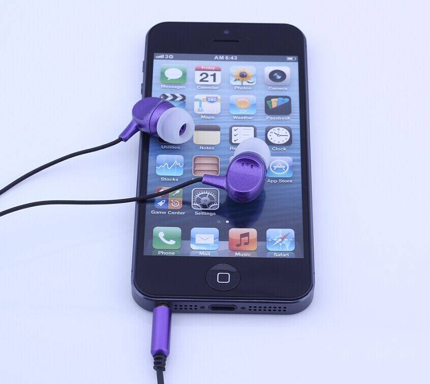Colorful Promotional Plastic Shell Earphone  Fashionable Appearance -  EP306