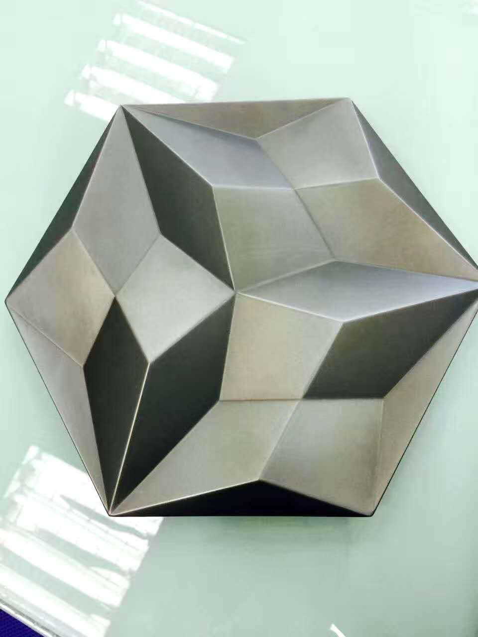 Modern custom metal products for house decoration