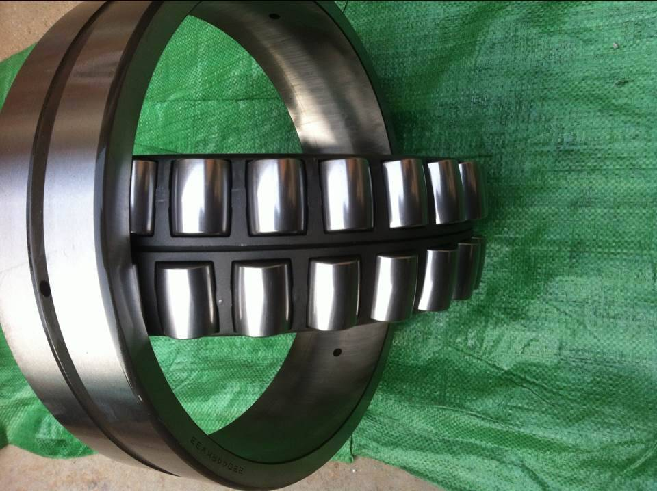 23044RKW33 Spherical Roller Bearing  220mmX340mmX90mm