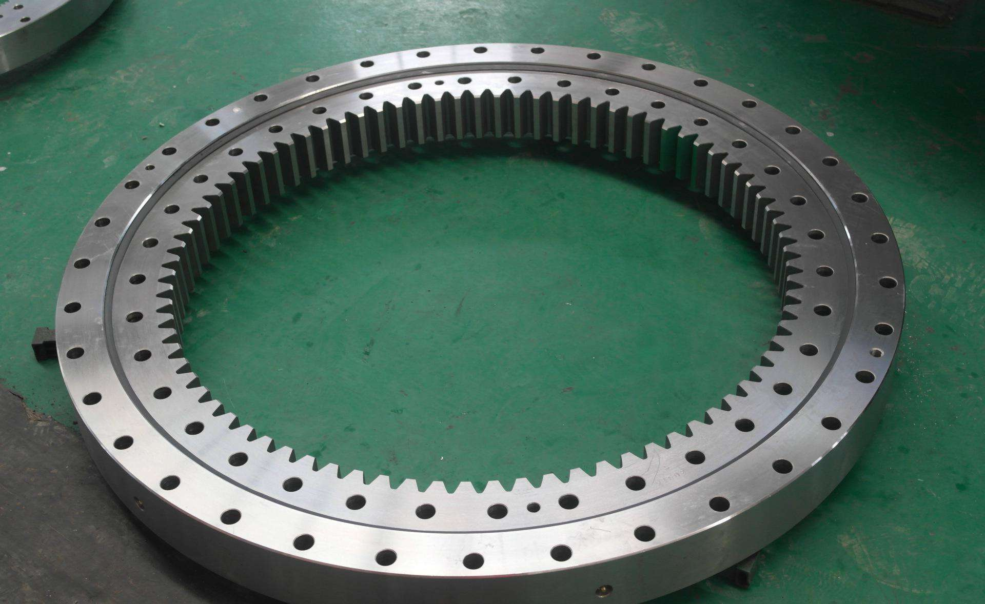 Heavy duty turntable bearing and slewing ring bearing