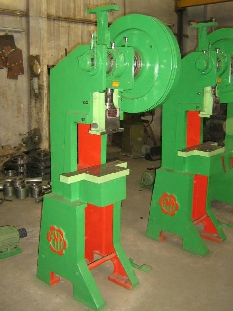 Horn Type Power Press