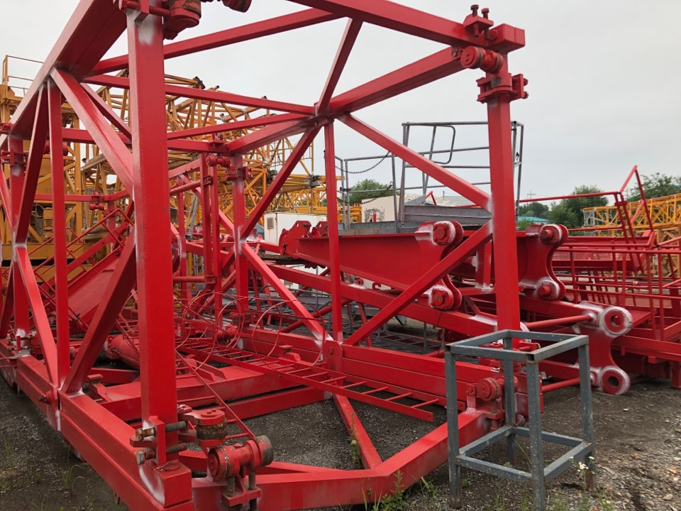 Used Tower Crane : Comedil CTL400 (luffing crane)