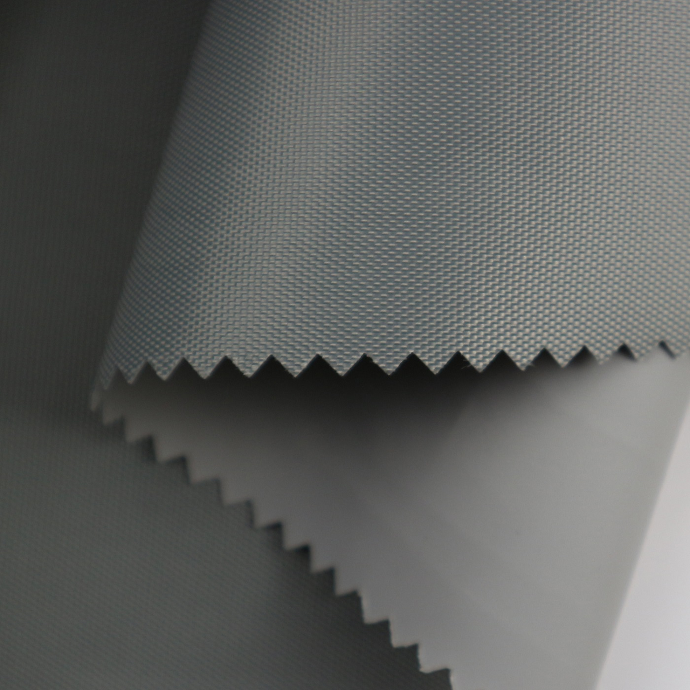 420D Polyester Oxford with TPE Lamination_DA19135/7