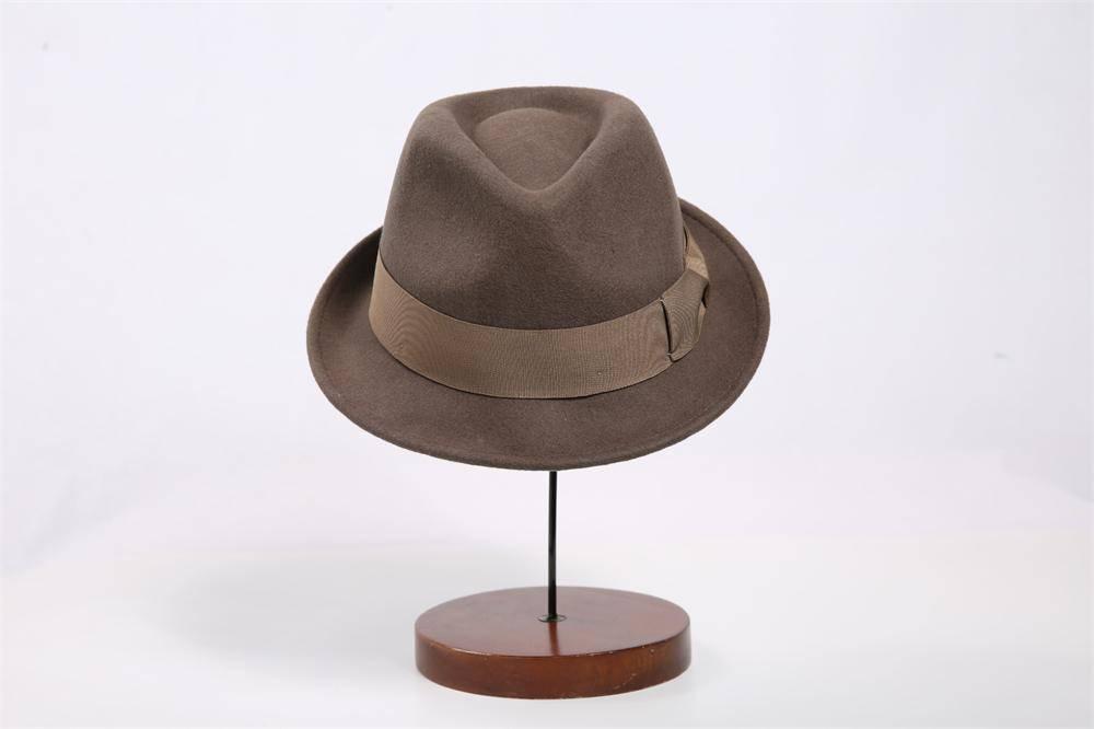 Man Wool Felt Fedora Hat (FM033015)