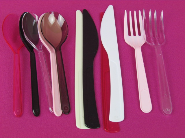 plastic disposable cutlery/ tableware