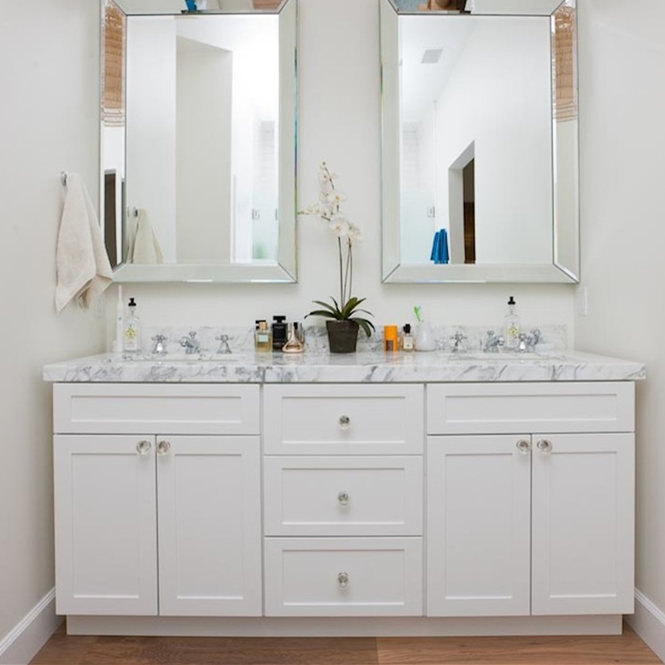 Chic White North America High-end Wooden Bathroom Vanities Cabinet