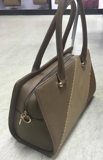 Emilia Johnson triple color tote bag doctor bag