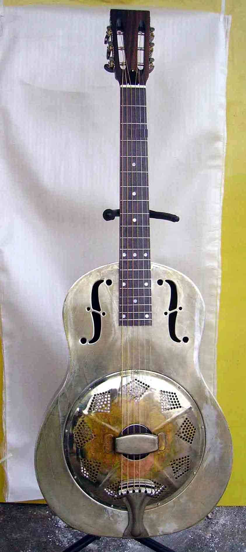 12 fret classic  resonator guitar