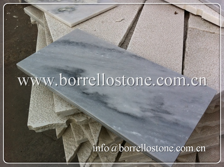 white grey marble tile
