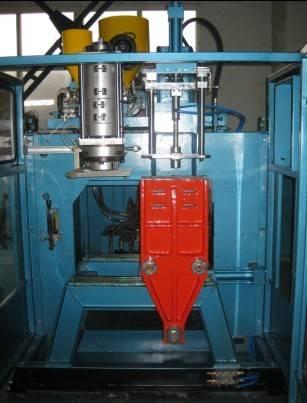 PE blow moulding machine-6L-tongchuangmachine@yahoo.cn