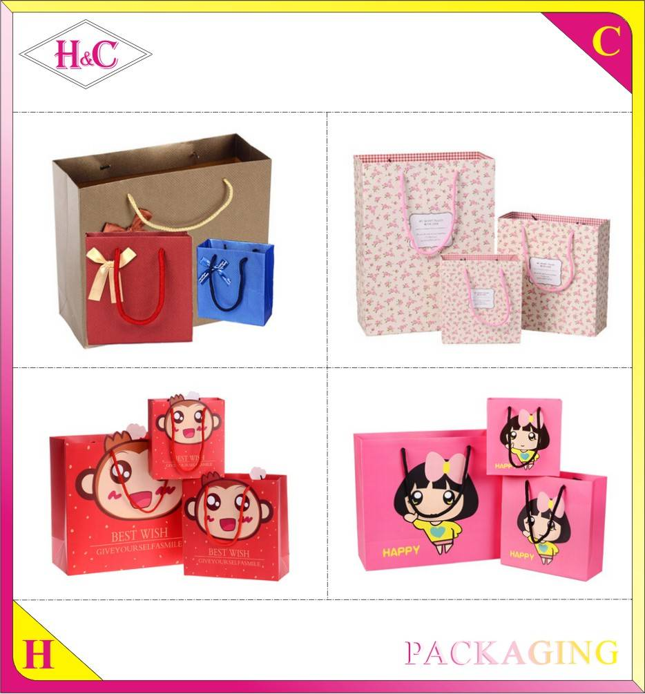 Custom printed handmade packaging paper bag with logo glossy lamination