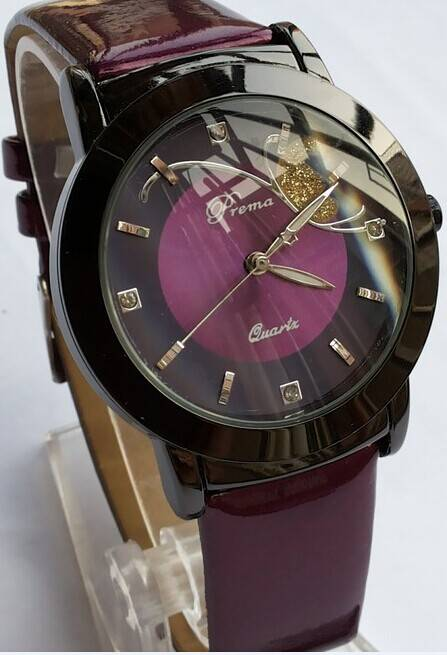 New style leather watch