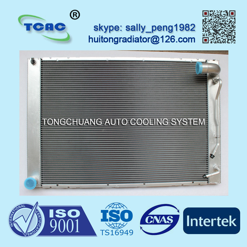 Good quality aluminum auto radiator for TOYOTA SIENAA DPI 2681