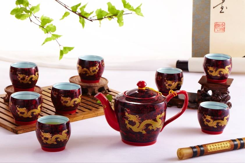 Ceramic tea sets with Chinese characteristic