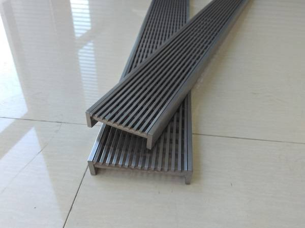 wedge wire linear floor shower drain