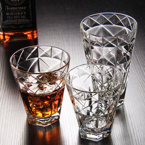 Round bottom diamond-cut cool whisky glasses