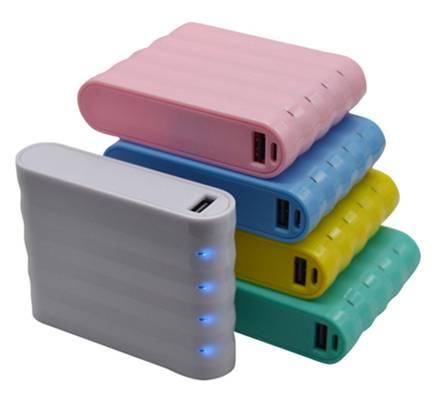 SJ-Y104LS   8800mAh  indicator shiny high quality portable  power bank