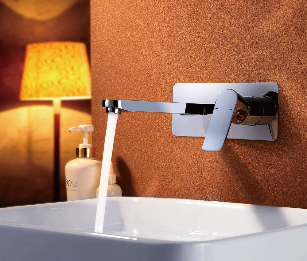Modern chrome brass wall mounted bathroom basin faucet