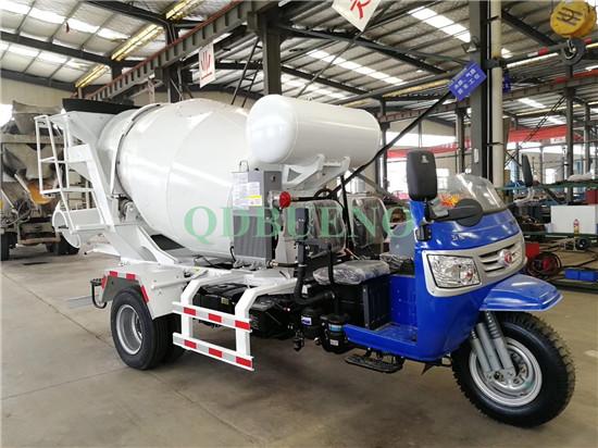 2m³ tricycle Cement Concrete Mixer Truck