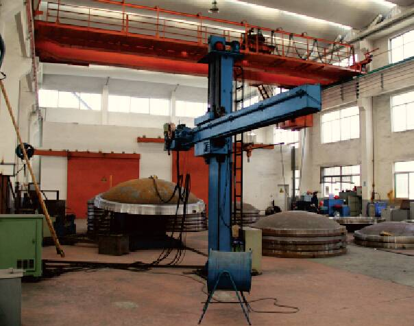 8000*8000 automatic fixed  welding column and booms