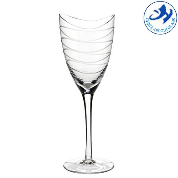 Mouthblown hand made wine glass