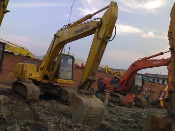 Used Komatsu Excavator PC220