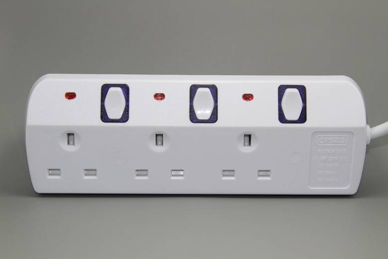 Electrical power strip extension socket uk Universal plug socket