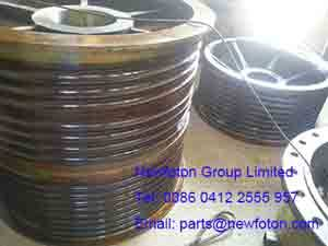 Pulley of electric shovel
