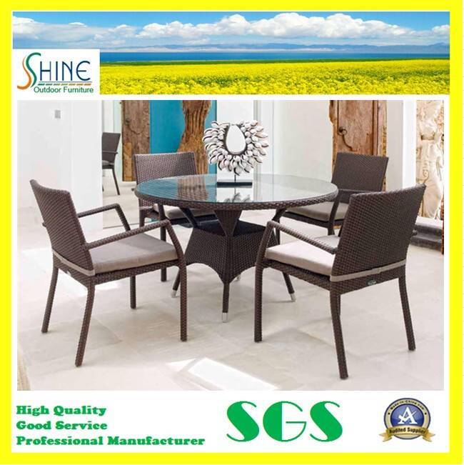 2015 Luxury Rattan Dining Table Set for Sale SFM3150725-03