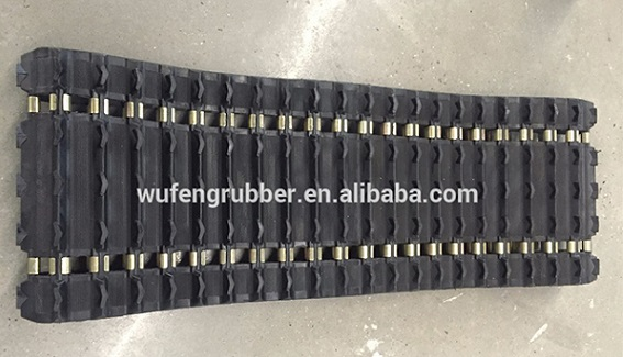 rubber track for snowmobile