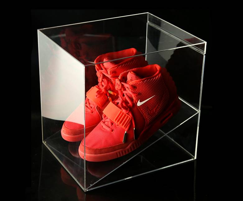 Clear acrylic sneaker case / shoe display box