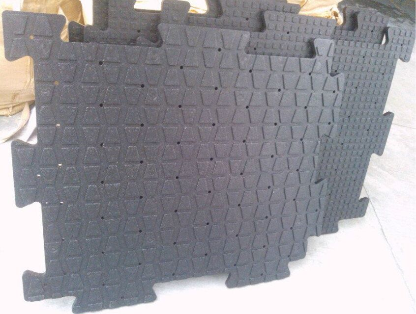Epp shockpad base system for synthetic turf