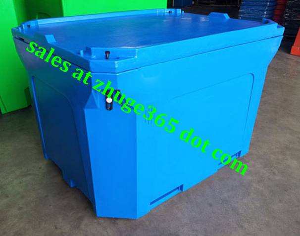 Oversized 1000Liter Blue Insulated Seafood Container