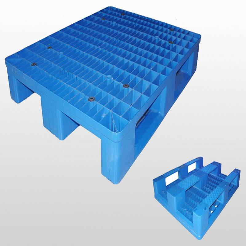 plastic pallet with 3 runners.Racking.Grid.1000*800*150