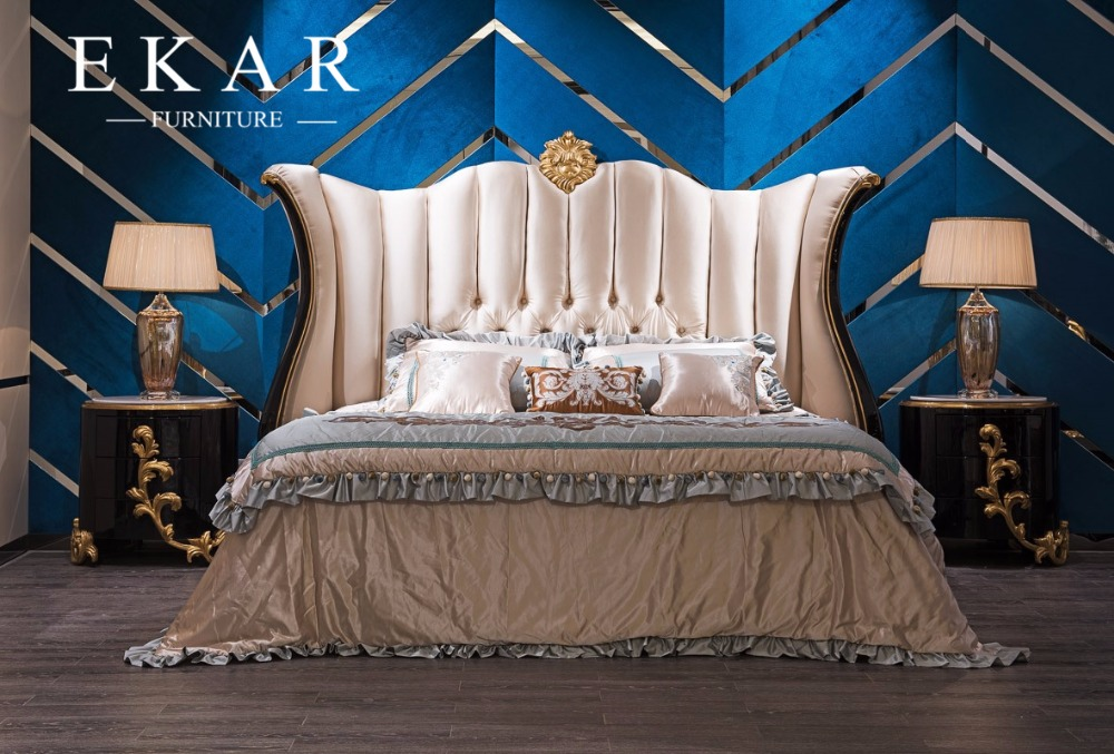 Classic Luxury French Italian Style Bedroom Furniture solid wood Bed
