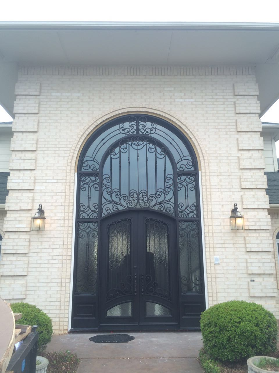 2017 Ornamental Wrought Iron Main Entrance Doors(JDL-1005)